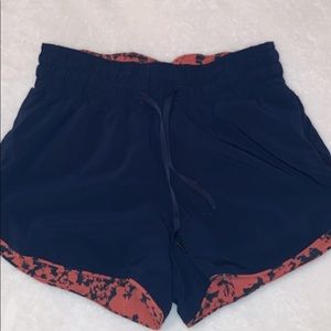 REVERSIBLE navy and orange lululemon's